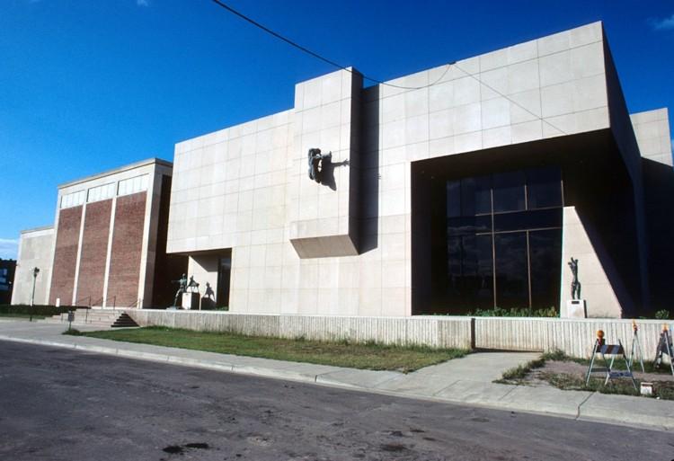 diseño fachada estilo contemporanea