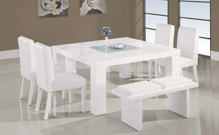 espacio en blanco alfombras copa paredes