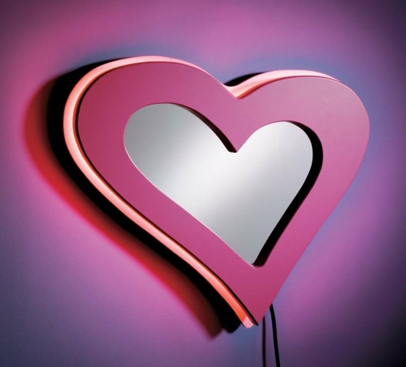 espejo moderno rosa forma corazon