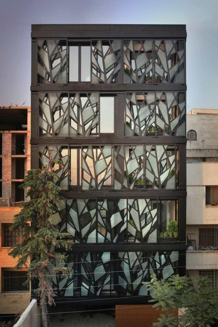 estupendo diseño fachada acristalada