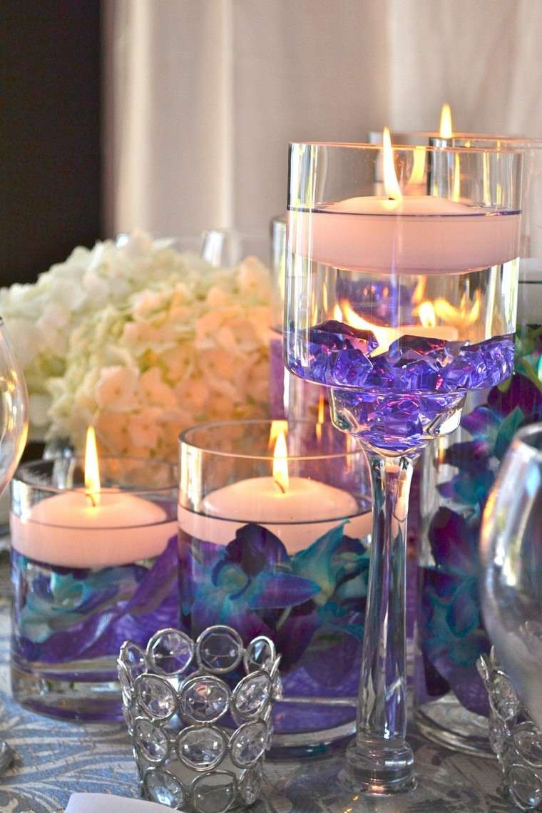 estupendos centros mesa lila velas