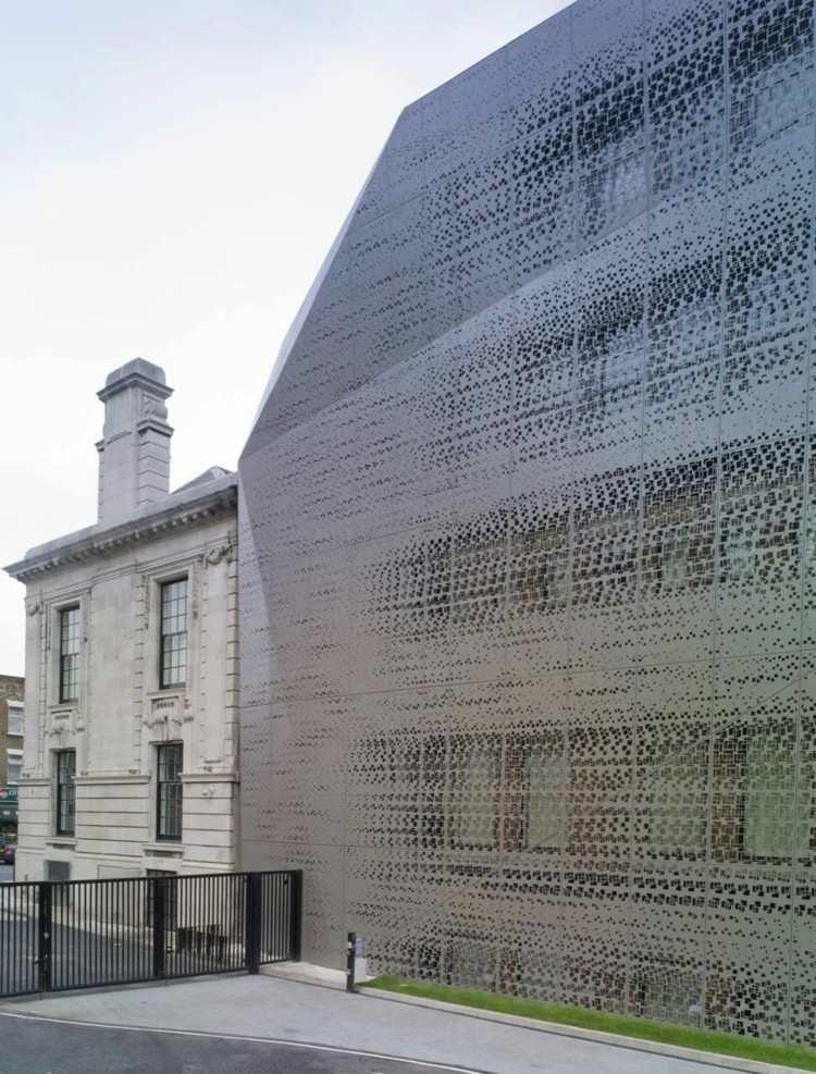 fachada diseño moderno metal reja
