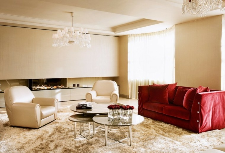fotos salones sofa terciopelo rojo salon sillones blancos ideas