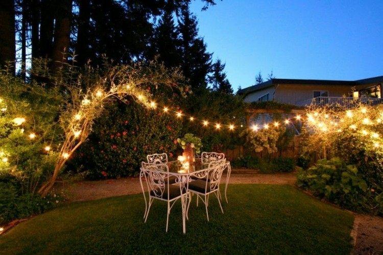 iluminacion jardines cesped diseños metales