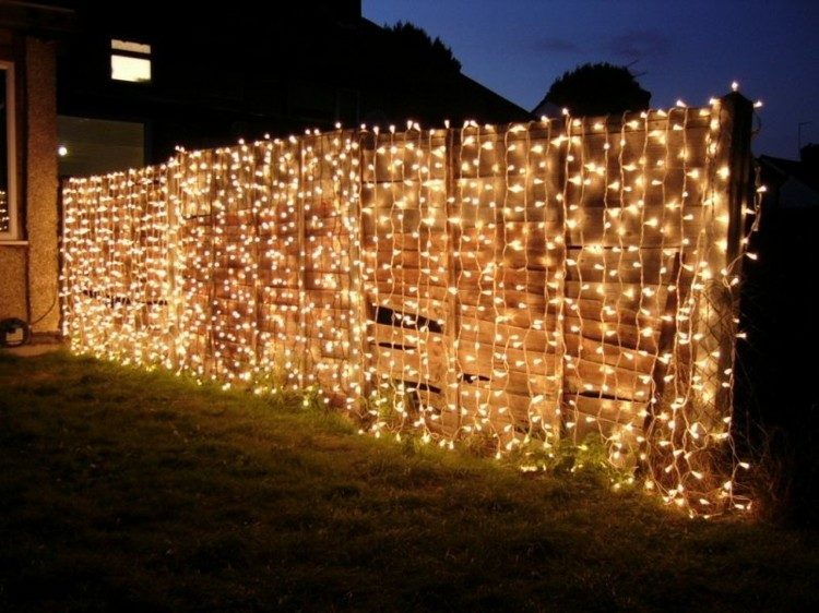 iluminacion jardines grava mesas celebraciones muro