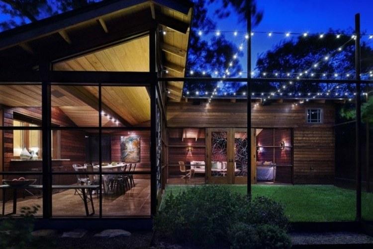 iluminacion jardines moderno casona cesped