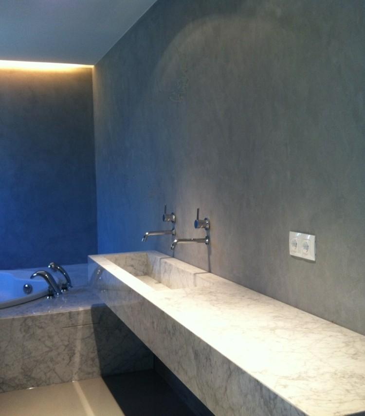 microcemento baños decorado marmol led