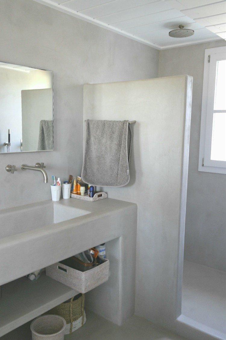 microcemento baños decorado mimbre metales