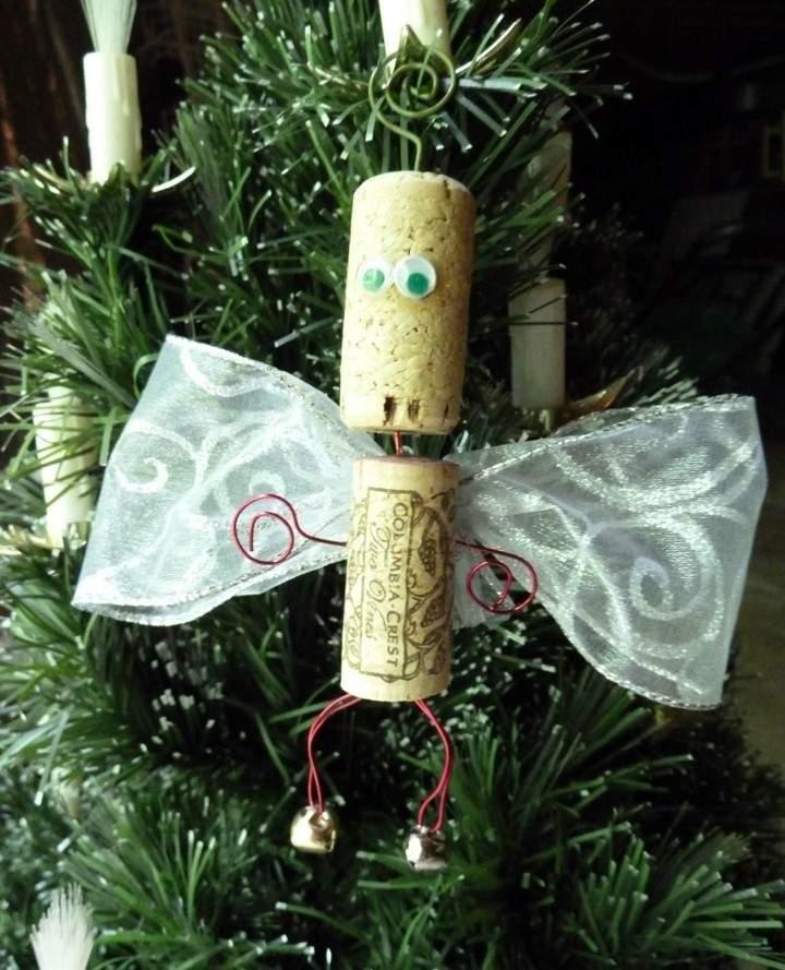 muñeco angelito alado tapones corcho