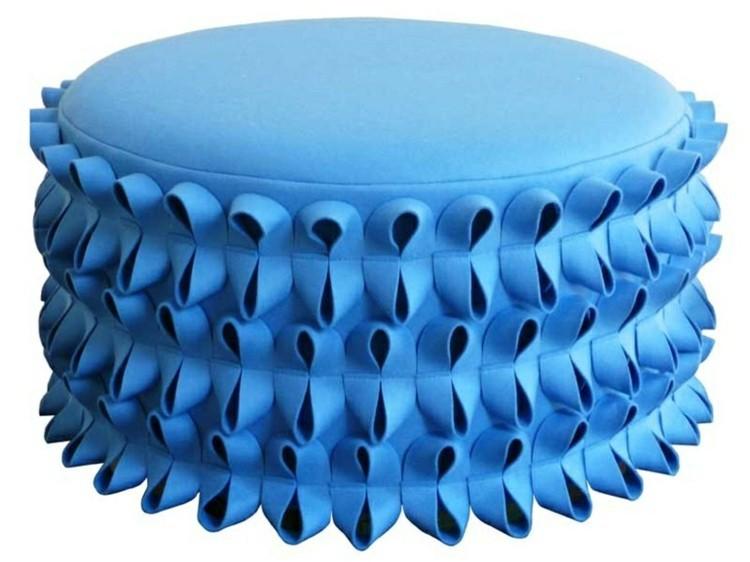 muebles modernos salon perro azules elegante