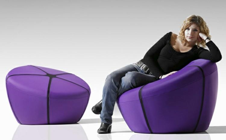 mujer bolas sillas informal velas elegantes