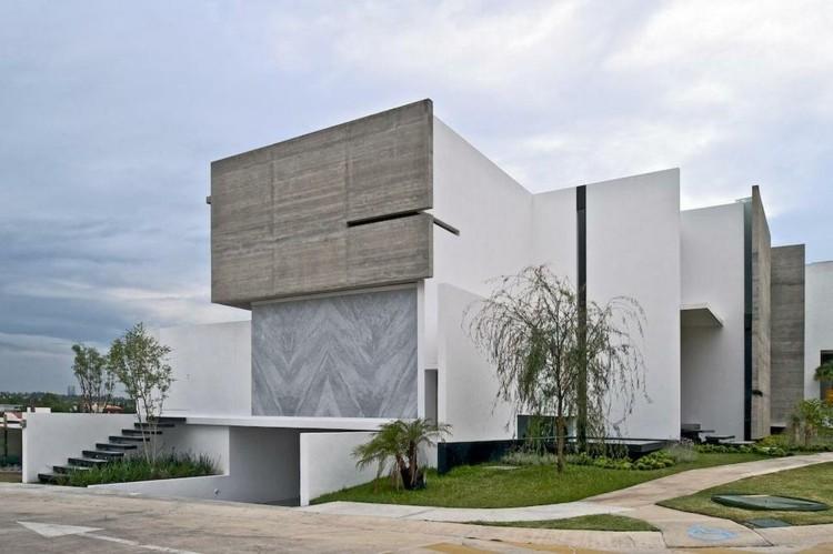 original fachada edificio diseño moderno