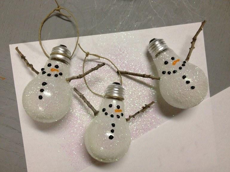 originales muñecos nieve bombillas deco