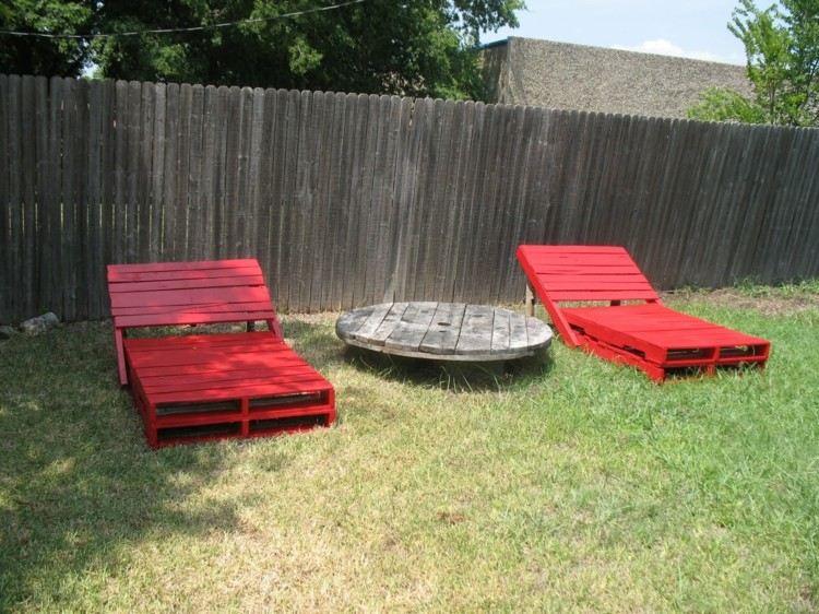 palets mobiliario creativo jardines cesped