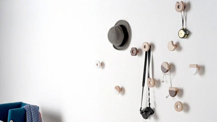 Percheros originales funcionales y decorativos 38 modelos - Perchas de pie modernas ...
