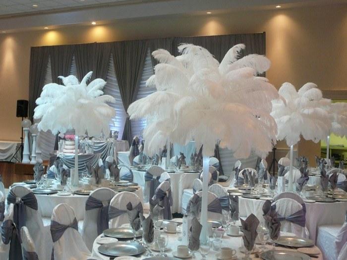 plumas centro blancas boda mesa ideas