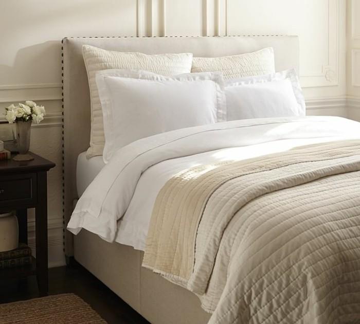paneles blancos pared cama preciosa grande