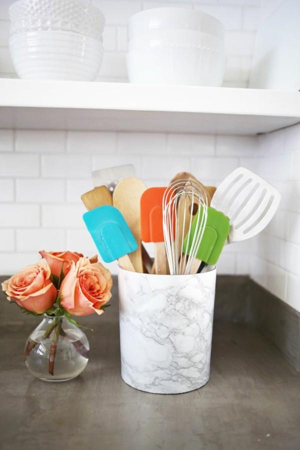recipiente utensilios cocin aexterior marmol