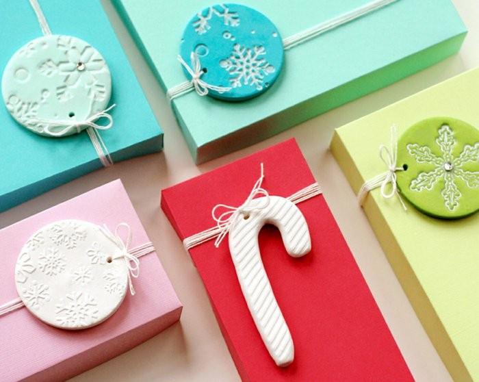regalos personalizasdos colores vibrantes adornos ideas