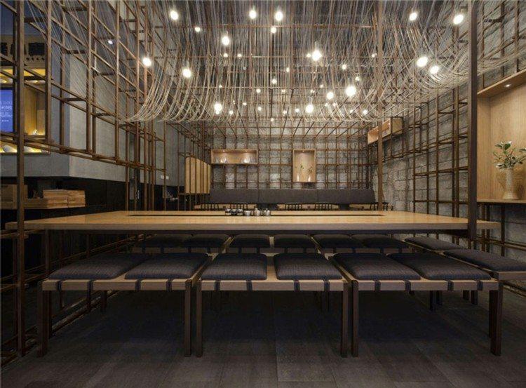 restaurantes techos mesas metales grises