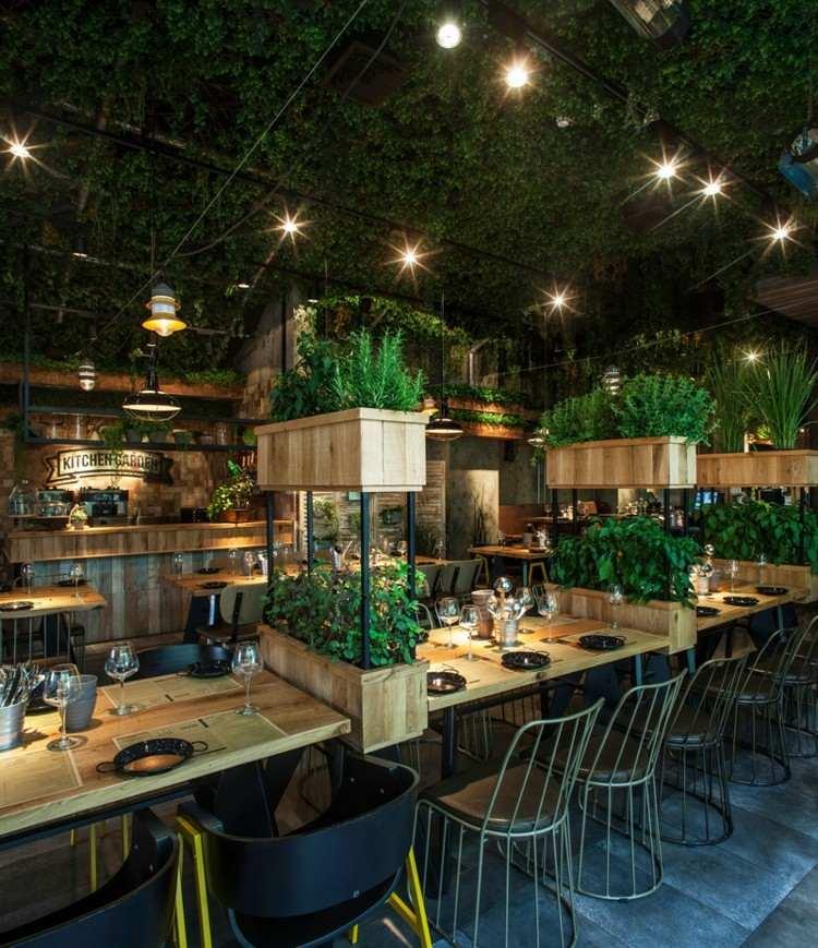 restaurantes techos metales copas sillas