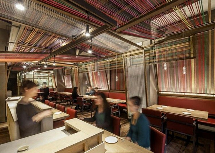 restaurantes techos tejidos coloridos hilos