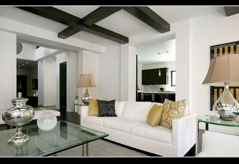 salon lujoso techo madera