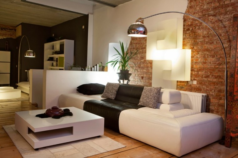 salon moderno pared ladrillo sofa blanca ideas