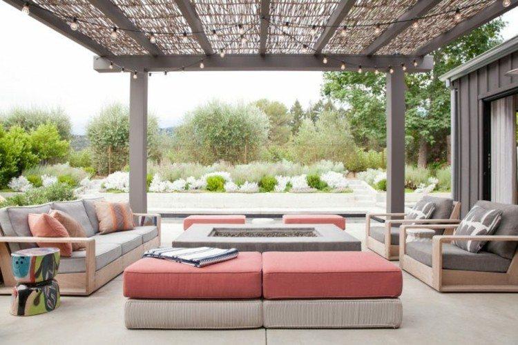 sillones cojines plantas exteriores verdes fresco