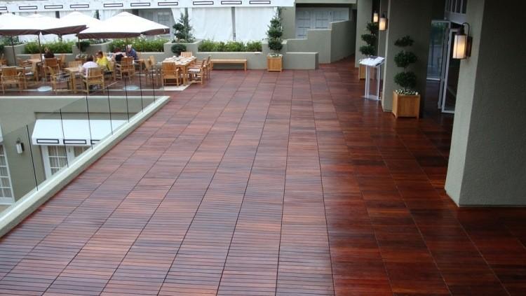 suelos-de-madera-exterior-atico-amplio