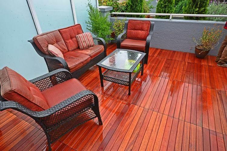 suelos madera exterior brillante muebles rattan ideas