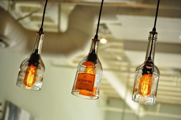 tres lamparas botellas cortadas techo
