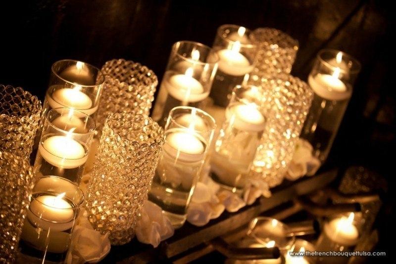 velas blancas vasos cristal