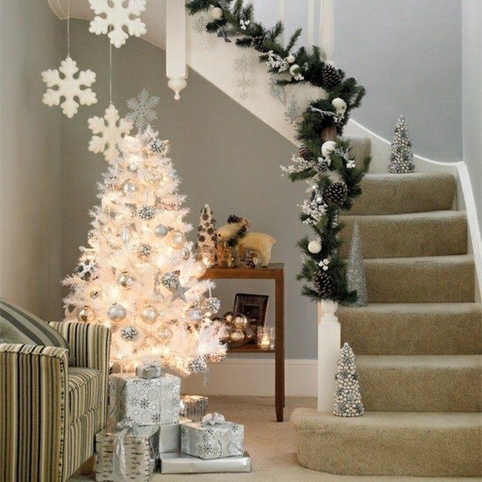 adornos navideños diseño escaleras lamparas