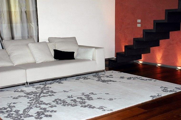 alfombra moderna estampa flores blancas ideas