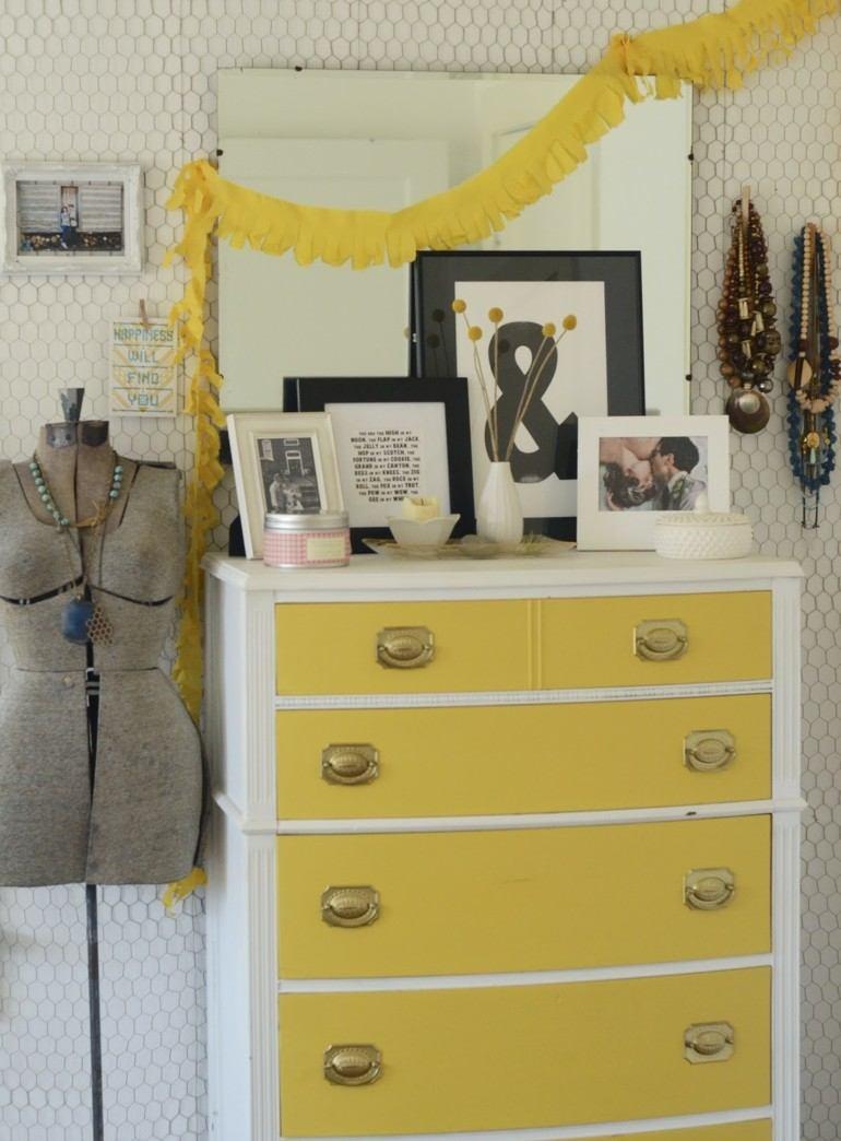 aparador estilo vintage blanco amarillo