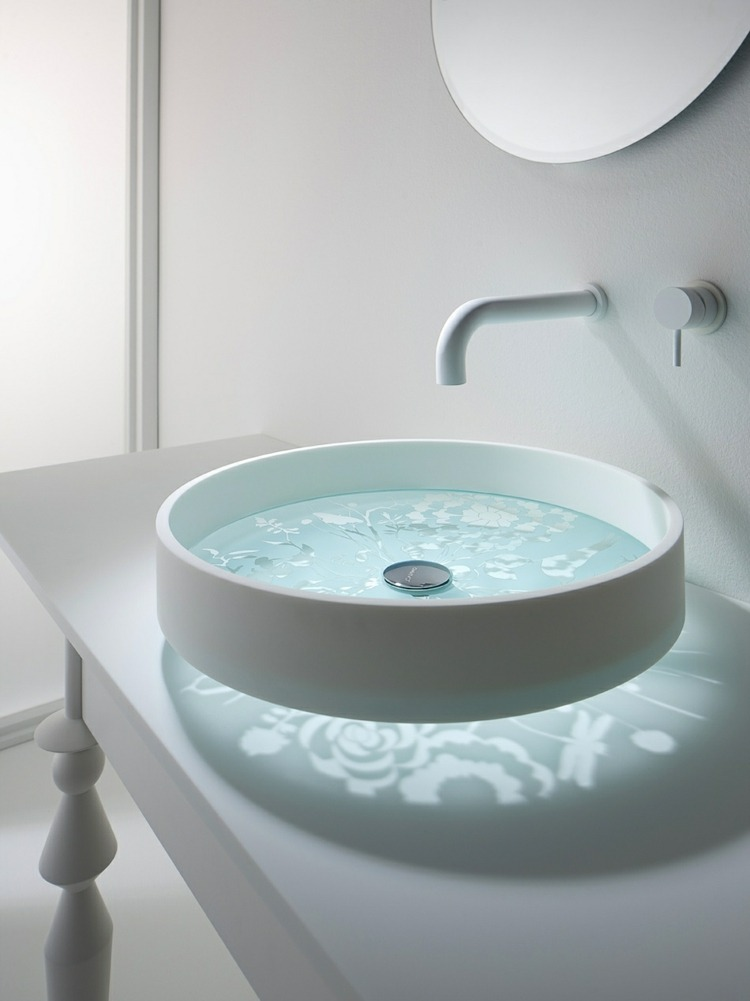 atarctiva casa decorado elegante lavabo espejoi