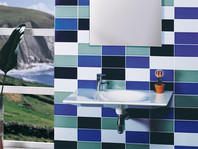 Gresite ba os revestimientos que crean ambientes for Revestimiento banos modernos