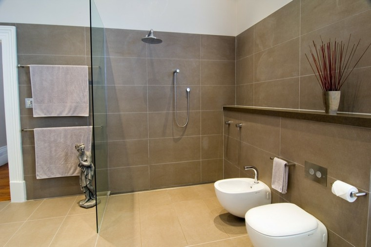 baño deco moderno color marron