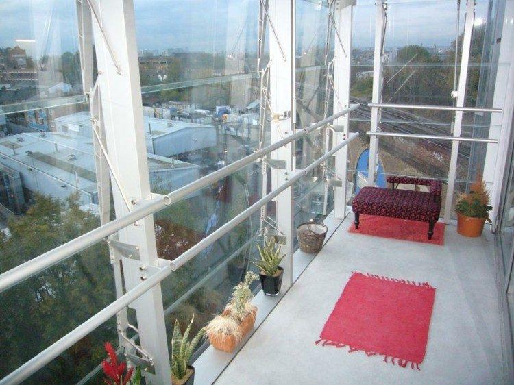balcon pequeño cerrado vidrio terraza