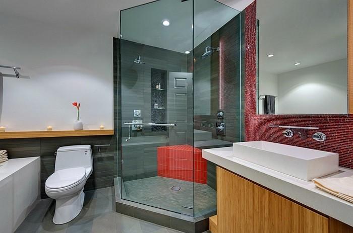 imagenes baños con ducha banera toques rojo mosaico ideas