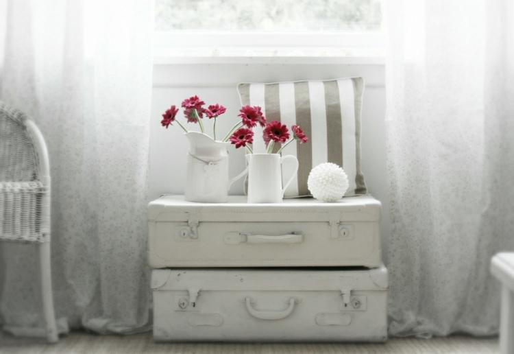 blanco soluciones estilos maletas rojo