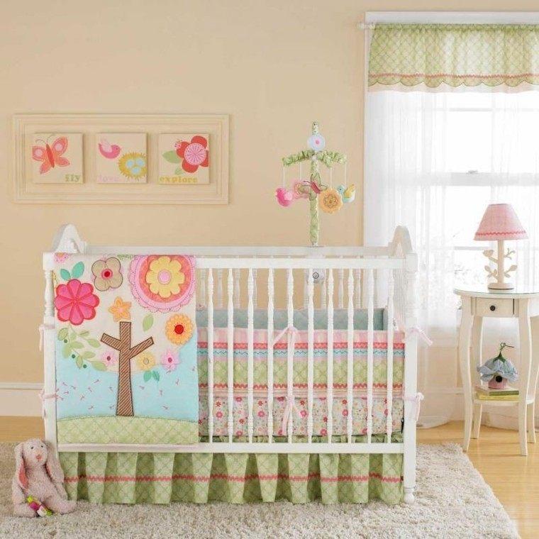 bonita decoración habitacion bebe