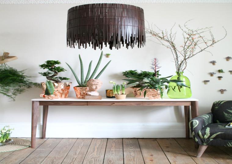bonita decoración mesa plantas