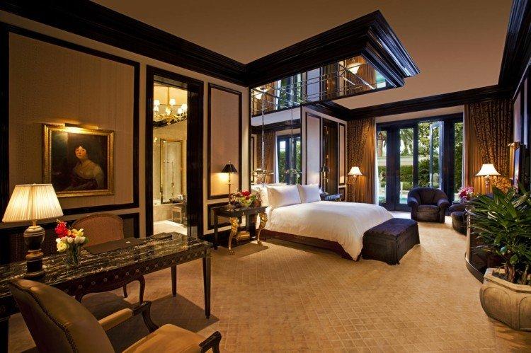 bonita habitación cama lujosa