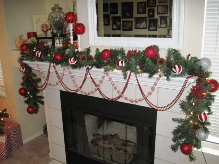 chimenea navidad detalles ladrillos flores