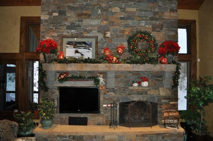 chimeneas rusticas de lea decorado flores navidad