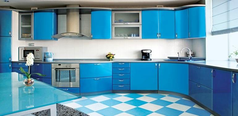 Cocinas peque as en forma de l cincuenta dise os - Cocinas azules y blancas ...
