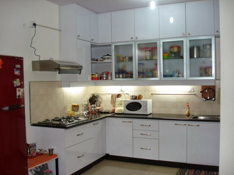 Cocinas peque as en forma de l cincuenta dise os - Small kitchen no counter space model ...