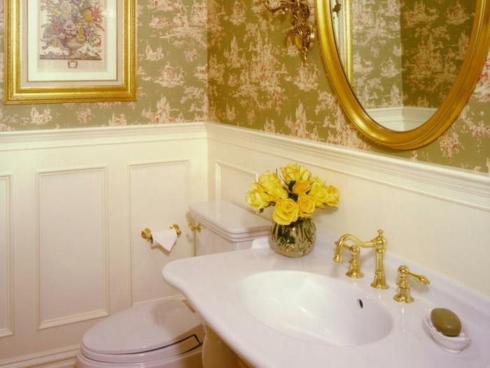 como decorar un baño pequeño y sencillo dorados espejos